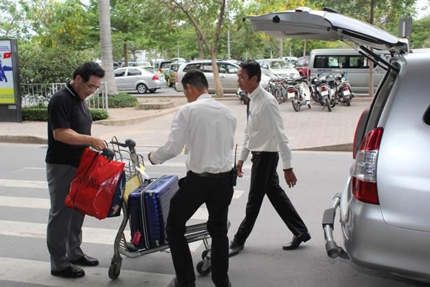 Dịch vụ thuê xe theo tháng ở Thảo Linh Group