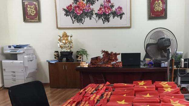 Xe Thảo Linh Group cổ vũ Đội tuyển Việt Nam